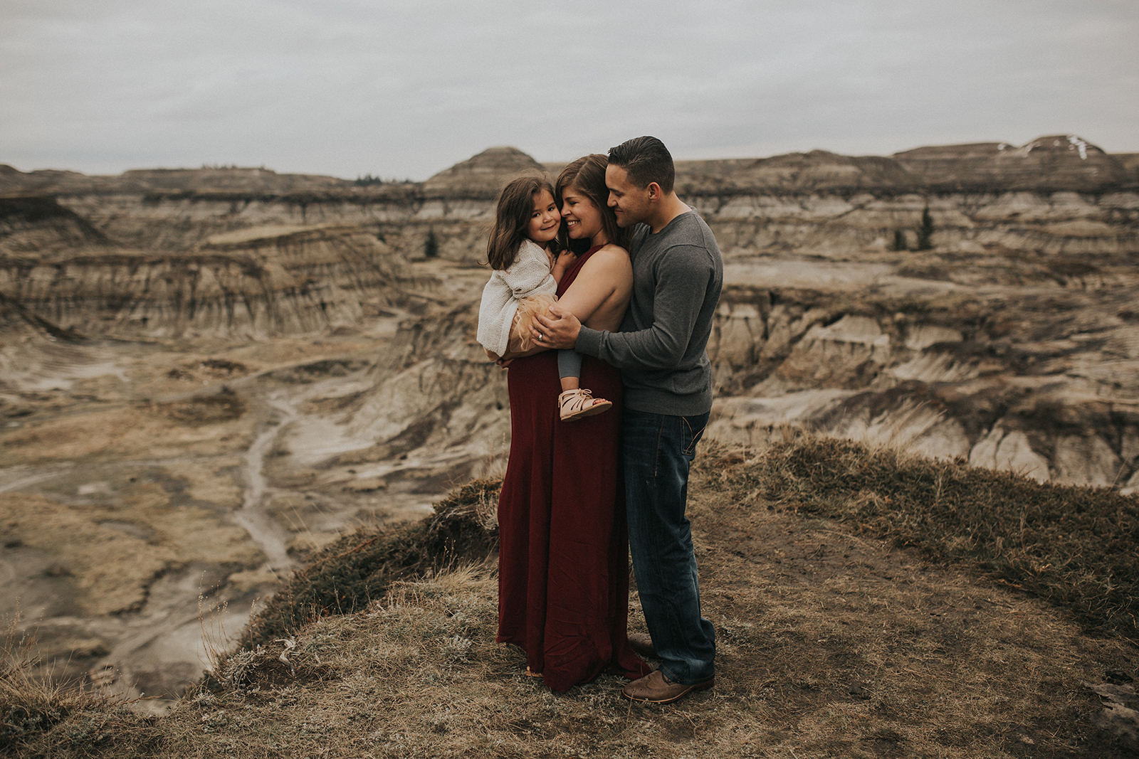 Myrtle and Moss Photography, Badlands Drumheller Workshop, Marsha Pizarro Maternity Session