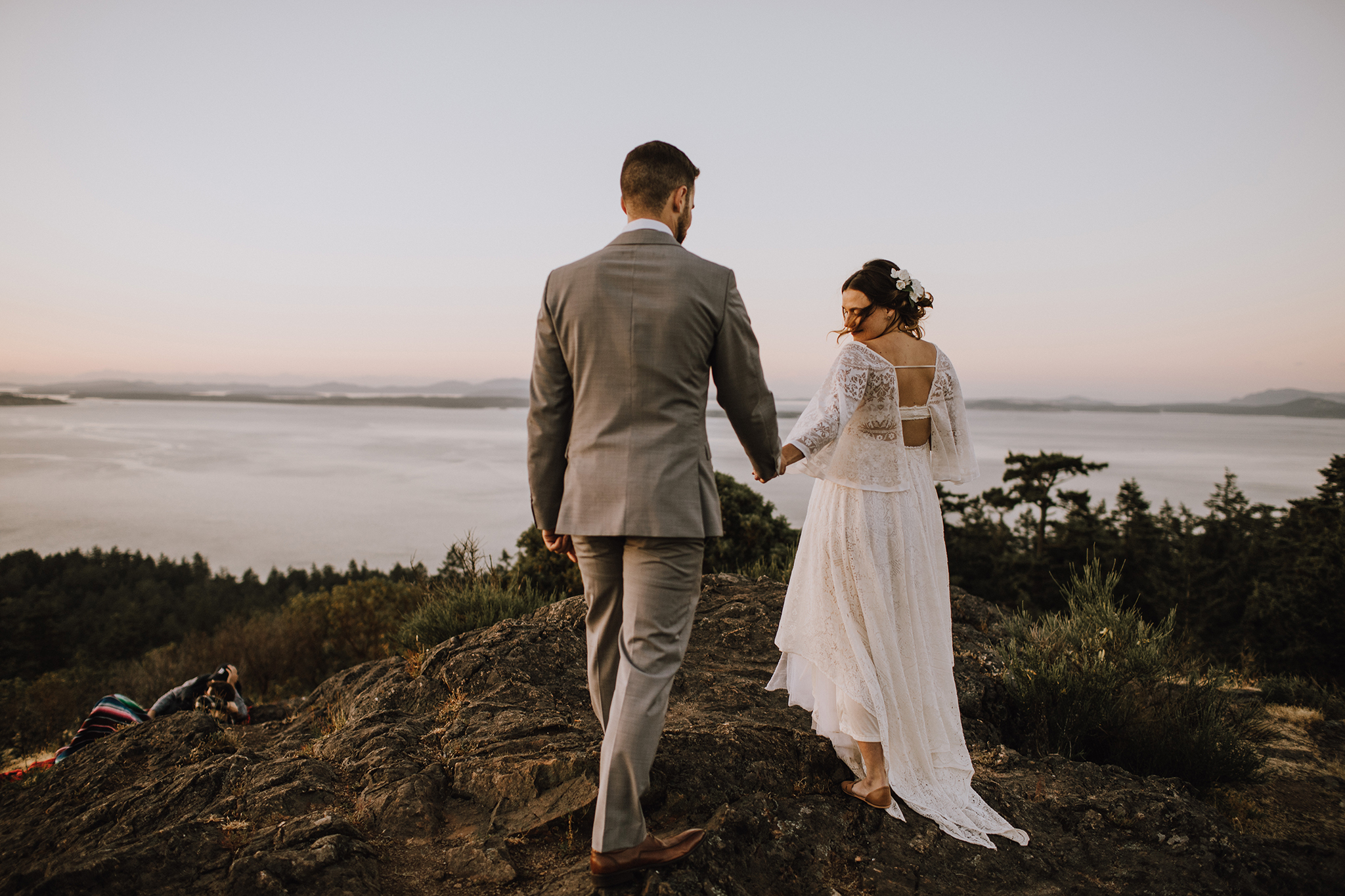 Maternity photography session ontop of Mount Douglas in Victoria with perfect sunset and beautiful white gowns from Reclamation. Myrtle and Moss Photography, Victoria Newborn and Maternity Photographer